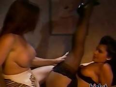 pelirrojas lesbianas morenas milf