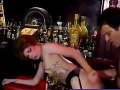 blowjob brunette strømper lingerie
