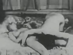 Vintage Porn from lesbo to creampie