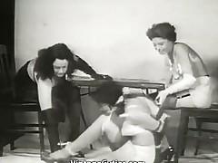 nena lesbianas trío sexual vintage