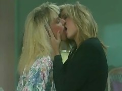 Golden haired retro lesbos have fun with one another