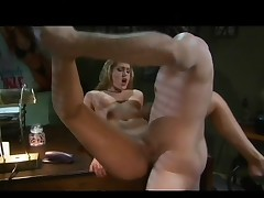 Skilled blonde Lauren Phoenix spreads her legs for a mighty piston
