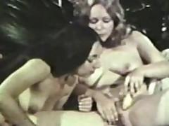 Lesbian Peepshow Loops 562 1970's - Scene 4