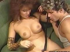 asiáticas tetas grandes estrella porno clásico