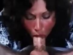 sædsprut blowjob brunette orgasme