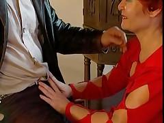 alemanas abuelita medias masturbación